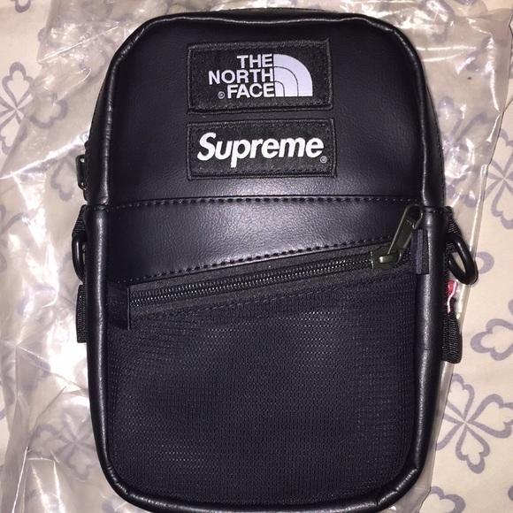 4cd6faac62c Supreme tnf black shoulder bag. M_5c9d9076c2e9fea0c3f132ef
